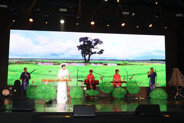 Lễ hội Văn hoá - du lịch Việt Nam tại Hàn Quốc năm 2019 - Ảnh 5.