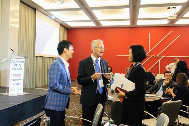 Vinamilk là đại diện duy nhất của châu Á trình bày về xu hướng organic tại Hội nghị sữa toàn cầu 2019 tại Bồ Đào Nha - Ảnh 3.