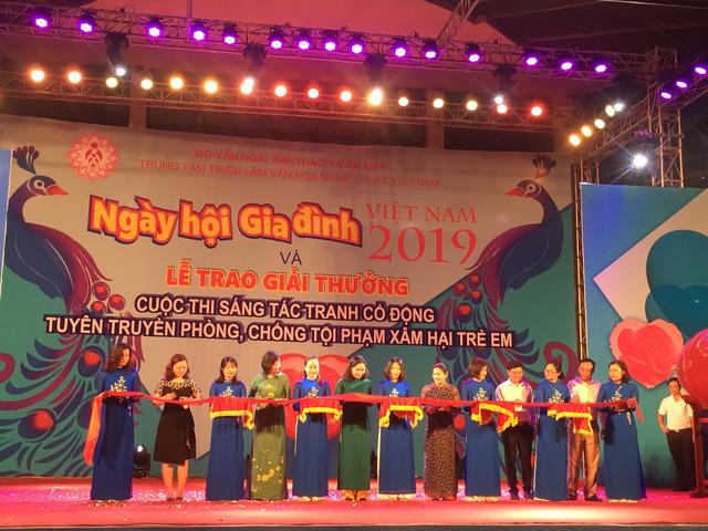 Khai mạc Ngày hội Gia đình Việt Nam 2019 - Ảnh 2.