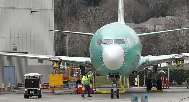 Vận đen chưa dứt, Boeing và 737 Max bất ngờ đối mặt thêm sóng dữ - Ảnh 1.