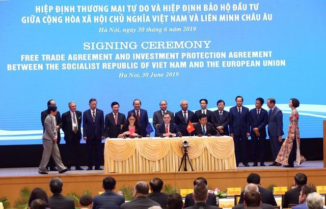 Chính thức ký Hiệp định thương mại EVFTA: Cú hích làn sóng đầu tư từ EU vào Việt Nam  - Ảnh 4.