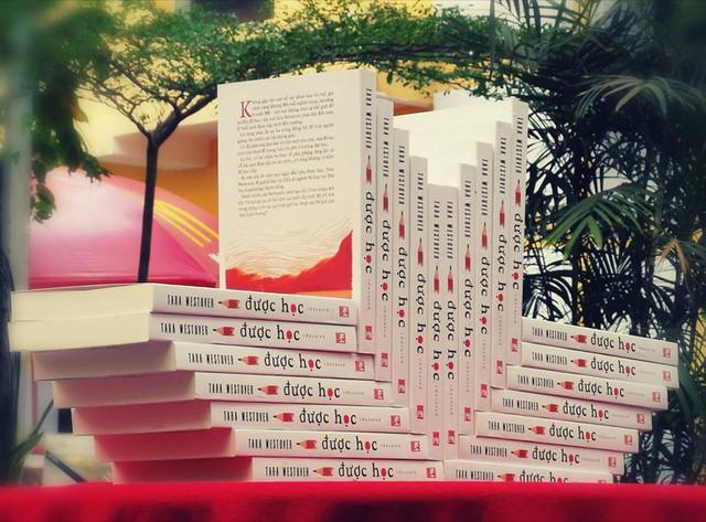 Dịch giả Nguyễn Bích Lan cùng chia sẻ về câu chuyện có thật gây chấn động toàn nước Mỹ - Ảnh 2.