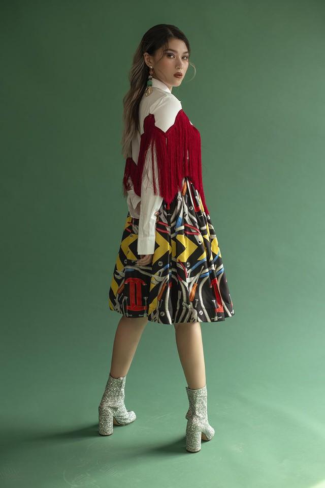 Ngọc Thanh Tâm khoe vẻ sành điệu, cá tính với loạt trang phục sắc màu - Ảnh 2.
