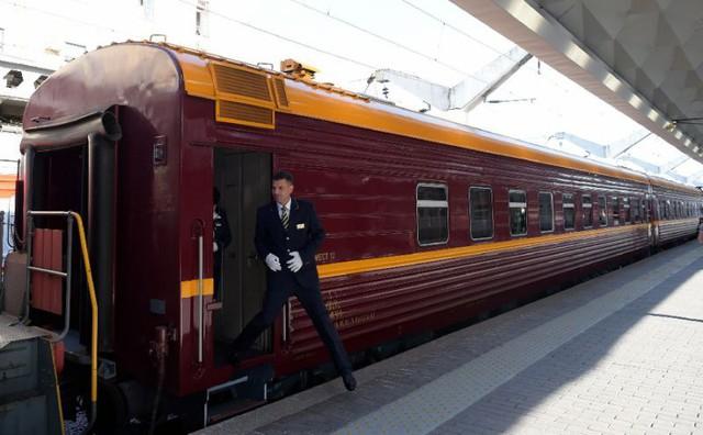 Hành trình tàu lửa đầu tiên Nga – Na Uy xuyên Bắc Cực có gì hot? - Ảnh 1.