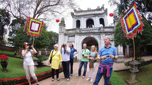 Ngân sách chi cho quảng bá du lịch Việt Nam chỉ 2 triệu USD trong khi Thái Lan là 100 triệu USD - Ảnh 1.