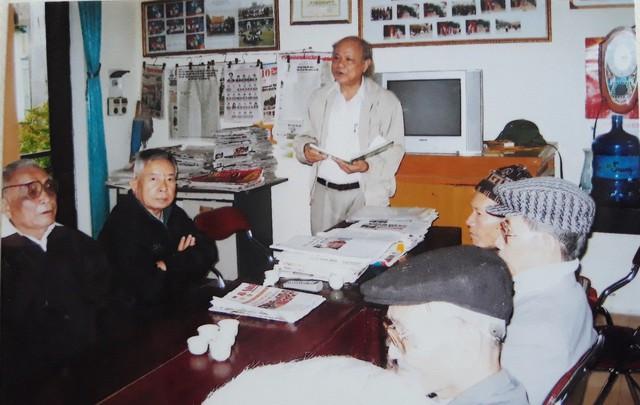 Bác Lương Văn Tăng và những cuốn sách cho cuộc đời đẹp mãi - Ảnh 1.