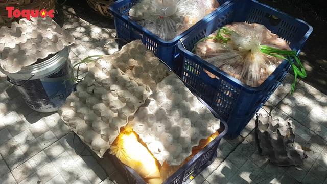 Nguy cơ ô nhiễm môi trường từ cơ sở kinh doanh trứng gia cầm giữa trung tâm Đà Nẵng - Ảnh 4.