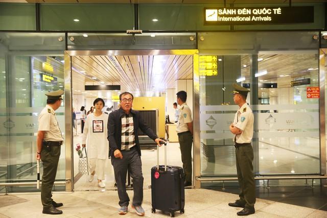 Cảng hàng không Quốc tế Vân Đồn đón chuyến bay đầu tiên từ Hàn Quốc - Ảnh 2.