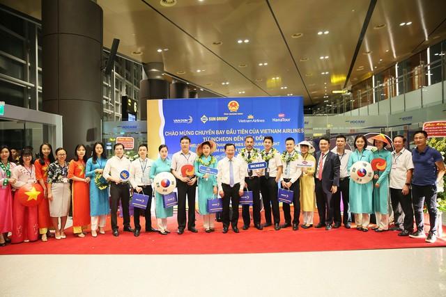 Cảng hàng không Quốc tế Vân Đồn đón chuyến bay đầu tiên từ Hàn Quốc - Ảnh 3.