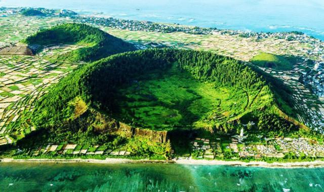 Hội thảo khoa học quốc tế về giá trị di sản công viên địa chất Lý Sơn - Sa Huỳnh - Ảnh 1.