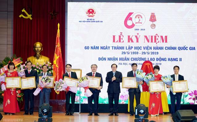 Thủ tướng dự lễ kỷ niệm 60 năm thành lập Học viện Hành chính Quốc gia - Ảnh 4.