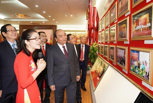 Thủ tướng dự lễ kỷ niệm 60 năm thành lập Học viện Hành chính Quốc gia - Ảnh 2.