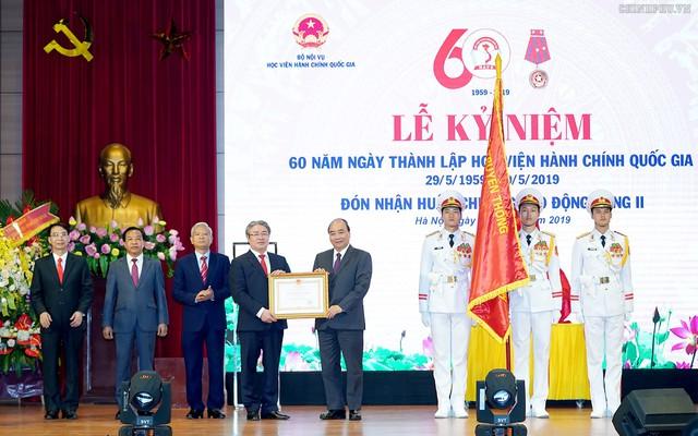 Thủ tướng dự lễ kỷ niệm 60 năm thành lập Học viện Hành chính Quốc gia - Ảnh 3.