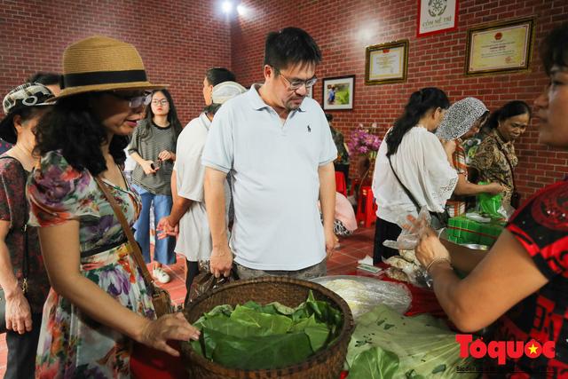 Tinh hoa ẩm thực ba miền hội tụ tại lễ hội văn hóa ẩm thực Hà Nội 2019 - Ảnh 4.