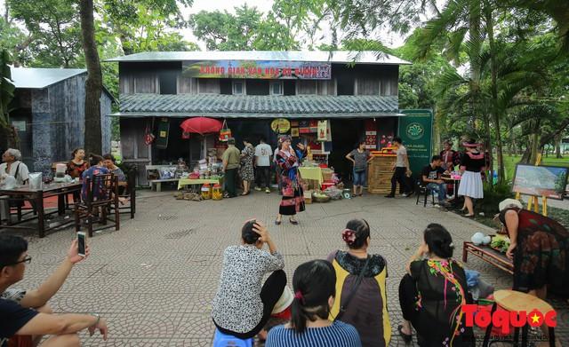 Tinh hoa ẩm thực ba miền hội tụ tại lễ hội văn hóa ẩm thực Hà Nội 2019 - Ảnh 9.
