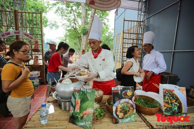 Tinh hoa ẩm thực ba miền hội tụ tại lễ hội văn hóa ẩm thực Hà Nội 2019 - Ảnh 12.