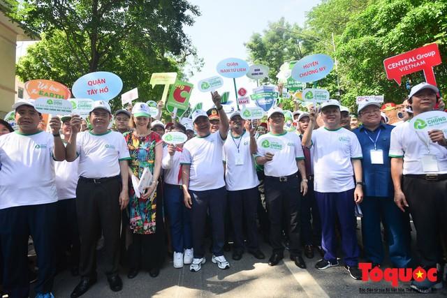 Thủ tướng Nguyễn Xuân Phúc phát động toàn quốc chống rác thải nhựa - Ảnh 7.
