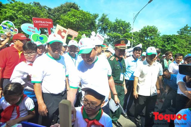Thủ tướng Nguyễn Xuân Phúc phát động toàn quốc chống rác thải nhựa - Ảnh 9.