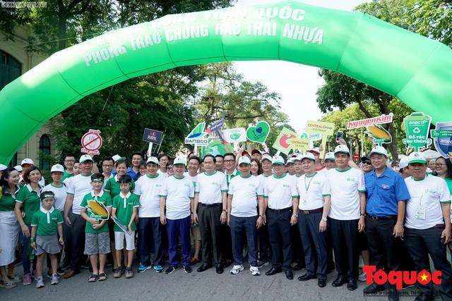 Thủ tướng Nguyễn Xuân Phúc phát động toàn quốc chống rác thải nhựa - Ảnh 1.