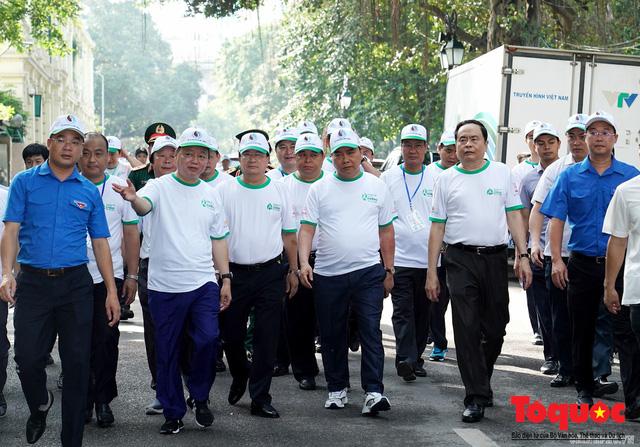 Thủ tướng Nguyễn Xuân Phúc phát động toàn quốc chống rác thải nhựa - Ảnh 2.