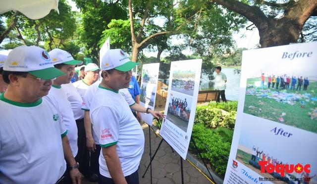 Thủ tướng Nguyễn Xuân Phúc phát động toàn quốc chống rác thải nhựa - Ảnh 13.