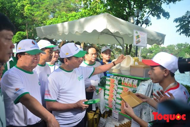 Thủ tướng Nguyễn Xuân Phúc phát động toàn quốc chống rác thải nhựa - Ảnh 11.