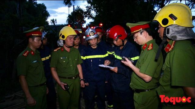Vụ cháy rừng nghiêm trọng tại Hà Tĩnh: Đám cháy đã được khống chế hoàn toàn - Ảnh 5.