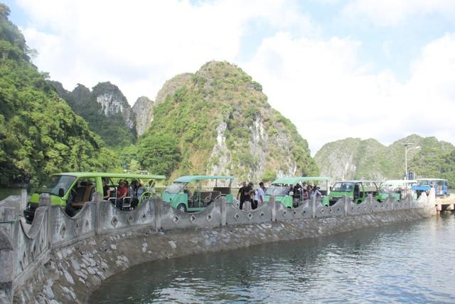 Làng Việt Hải: Chốn dừng chân thú vị trong hành trình khám phá di sản Hạ Long - Ảnh 2.