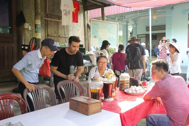 Làng Việt Hải: Chốn dừng chân thú vị trong hành trình khám phá di sản Hạ Long - Ảnh 11.