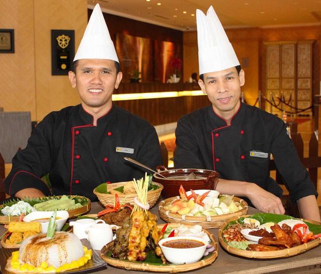 Thưởng thức nhiều món ngon truyền thống của nền ẩm thực Malaysia tại Việt Nam - Ảnh 1.