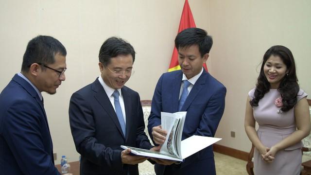 Thứ trưởng Lê Quang Tùng tiếp Bí thư Thành ủy Hàng Châu, Trung Quốc - Ảnh 2.