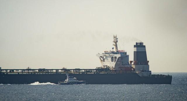 Sóng gió Iran tiếp tục bùng nổ: Anh, Mỹ chung tay bắt tại trận siêu tàu chở dầu - Ảnh 1.
