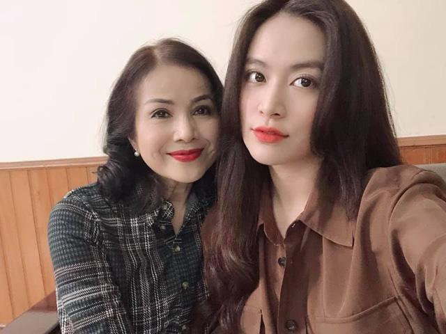 Vẻ đẹp sang trọng quý phái của mẹ diễn viên Hồng Đăng - Ảnh 7.
