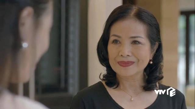 Vẻ đẹp sang trọng quý phái của mẹ diễn viên Hồng Đăng - Ảnh 9.