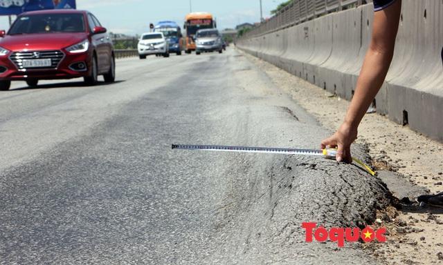 Nghệ An: Quốc lộ nghìn tỷ hằn lún luống khoai kênh nổi bánh ôtô - Ảnh 4.
