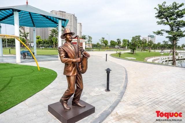 Toàn cảnh công viên âm nhạc với hình dáng cây đàn ghita sắp hoàn thiện ở Hà Nội - Ảnh 11.