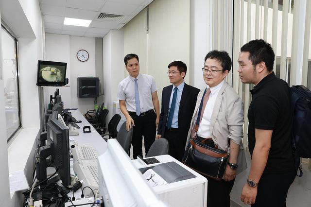 """Nhật Bản chuyển giao công nghệ điều trị ung thư gan """"Siêu chọn lọc System - I"""" cho Vinmec - Ảnh 2."""