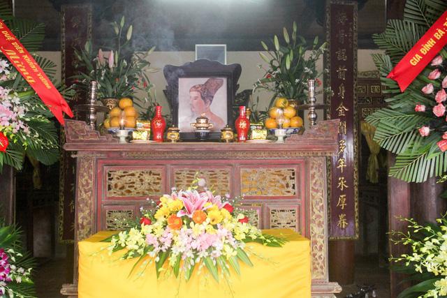 Phủ thờ và Lăng mộ Diên Khánh Vương đón nhận bằng xếp hạng Di tích quốc gia - Ảnh 2.