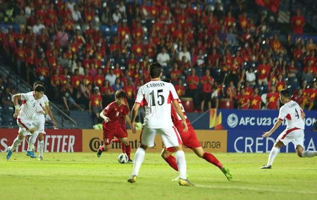[Trực tiếp] U23 Việt Nam - U23 Jordan: Hiệp 1 kết thúc, tỷ số tạm hòa 0-0 - Ảnh 2.