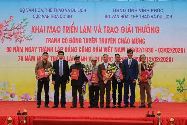 Trao giải tranh cổ động tuyên truyền chào mừng kỷ niệm 90 năm Ngày thành lập Đảng Cộng sản Việt Nam - Ảnh 5.
