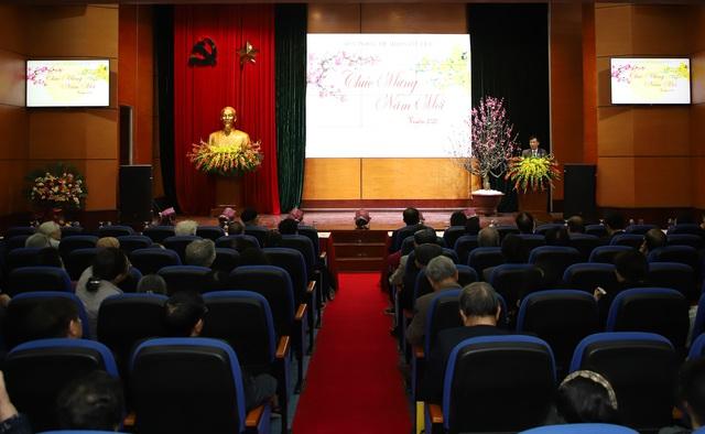 Bộ trưởng Nguyễn Ngọc Thiện gặp mặt các cán bộ hưu trí ngành VHTTDL - Ảnh 3.