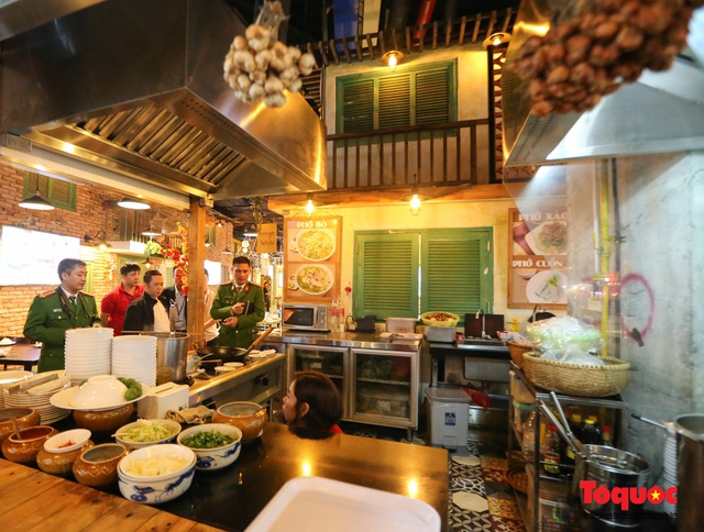 Kiểm tra đột xuất công tác PCCC tại đại siêu thị Aeon Mall Long Biên - Ảnh 5.
