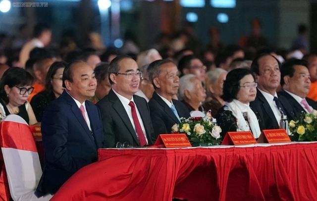 Thủ tướng: Nhân hòa là yếu tố quyết định nhất với các địa phương - Ảnh 1.