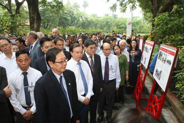 Thứ trưởng Tạ Quang Đông: Bản sắc văn hóa- hành trang để hội nhập và phát triển bền vững - Ảnh 2.