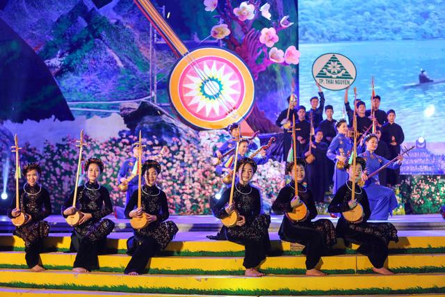 Nhiều di sản thế giới của Việt Nam trở thành điểm tham quan, nghiên cứu không thể thiếu của du khách trong và ngoài nước - Ảnh 2.