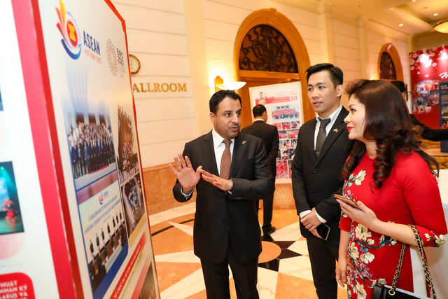 Bộ trưởng Nguyễn Ngọc Thiện tiếp các Đại sứ nước ngoài tại Việt Nam nhân dịp Tết Canh Tý 2020 - Ảnh 5.