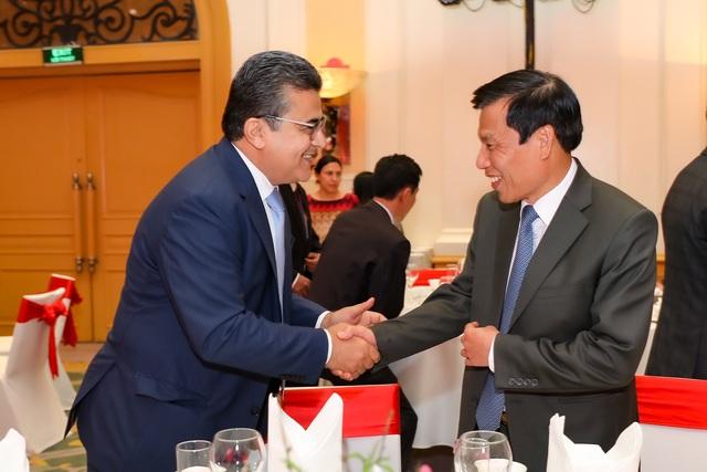 Bộ trưởng Nguyễn Ngọc Thiện tiếp các Đại sứ nước ngoài tại Việt Nam nhân dịp Tết Canh Tý 2020 - Ảnh 3.