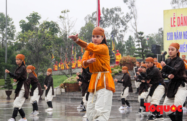 Gặp gia đình võ sư 5 đời giữ lửa cho võ cung đình Huế - Ảnh 3.