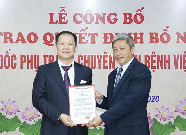 Tổng cục Hải Quan, Bệnh viện Bạch Mai bổ nhiệm lãnh đạo - Ảnh 2.