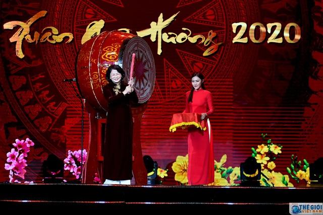 [Bài Tết] Năm 2019: Kiều bào nỗ lực gìn giữ văn hóa dân tộc, kiến tạo giao thoa văn hóa Việt Nam với quốc tế - Ảnh 2.